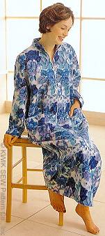 Kwik Sew Lounger and Robe 2727