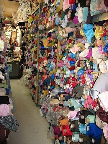 Sewing article fabric shopping in the los angeles fashion for Fabric sellers