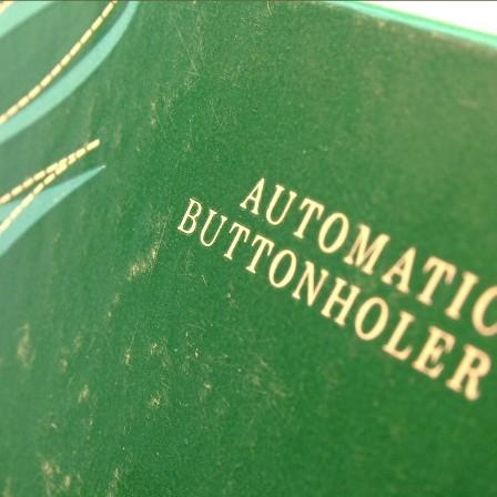auto buttonholer box