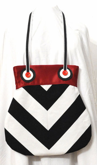 First Prize (by Member Vote): arianamaniacs for Amy Butler: AB025FB Frenchy Bags