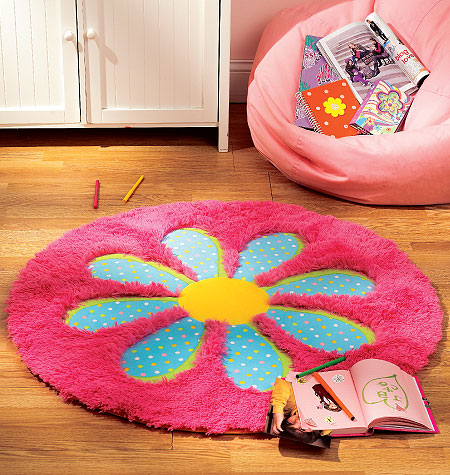 Kwik Sew Fleece Rugs 0119