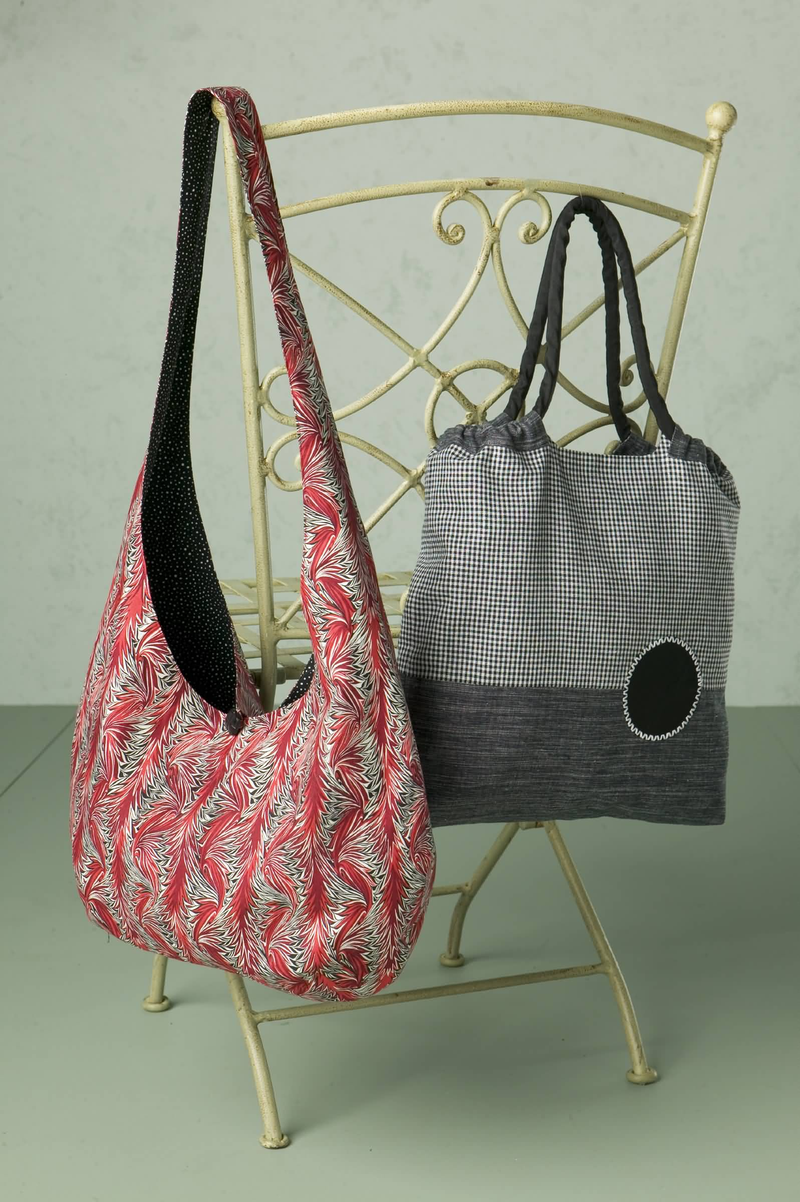 Patterns For Purses : Contrast I 45 (115 cm) Wide - 1 yd (0.95 m)