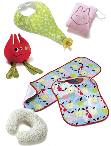 Kwik Sew Bibs, Burp Cloth, Pillows & Toy 3812