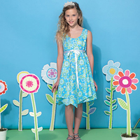 McCalls 7347 Pattern ( Size 7-8-10-12-14 )