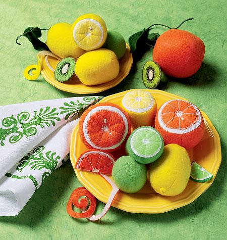 McCall's Fruit 6572