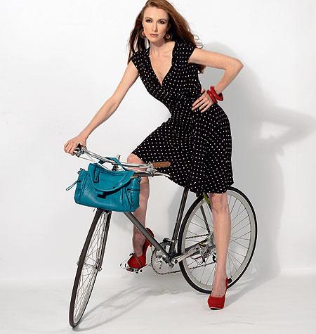 McCall's Misses' /Women's Dresses 6713