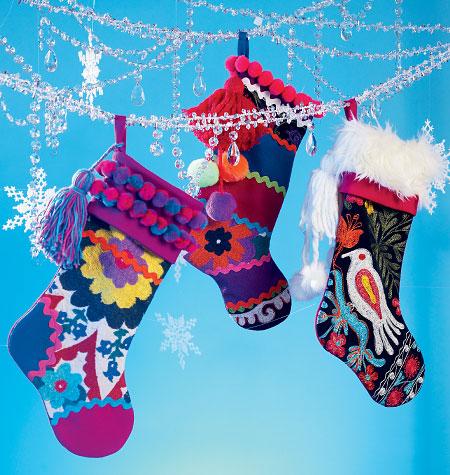 McCall's Stockings and Tree Skirt 6859