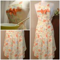 Sew Chic Clara Bow Apron Pattern (ln102)