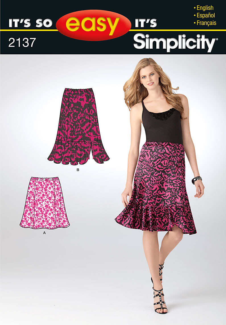 Simplicity misses pull on skirt 2137