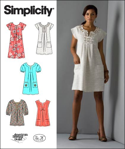 Simplicity Misses or Miss Petite Dresses or Tunics 2702
