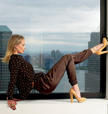 Vogue Patterns Misses' Top And Pants 1323