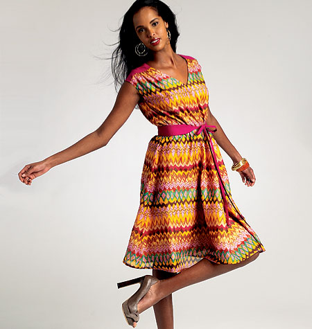 Vogue Patterns Misses' Dress and Belt 8807