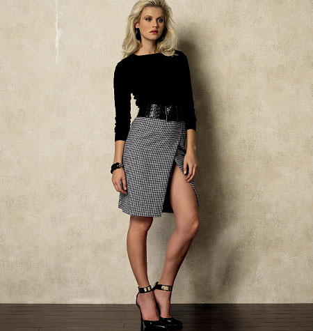 Vogue Patterns Misses' Skirt 8928