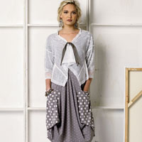 Vogue 8975 Pattern ( Size LRG-XLG-XXL )