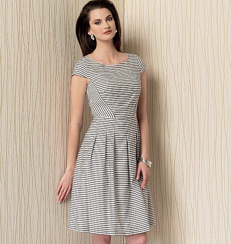 Vogue Patterns 1499 Misses\' Cap Sleeve, Pleated-Skirt Dress